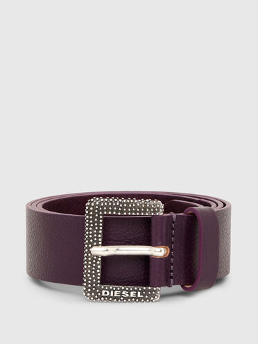 Leather belt with textured buckle