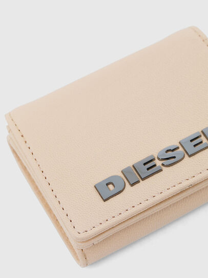 Diesel - LORETTINA, Face Powder - Bijoux and Gadgets - Image 4