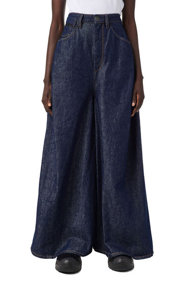 Long skirt in rinse-wash denim