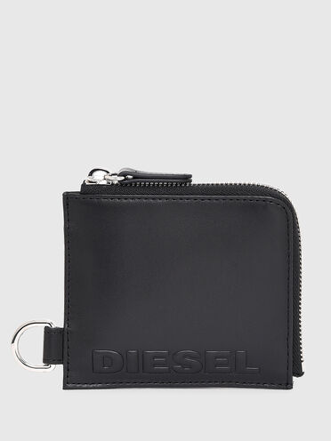 Chain wallet in nappa leather