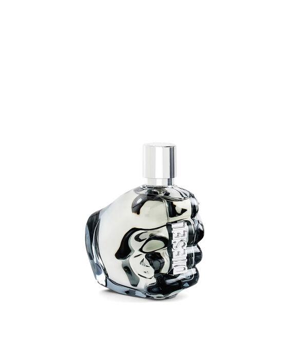 https://uk.diesel.com/dw/image/v2/BBLG_PRD/on/demandware.static/-/Sites-diesel-master-catalog/default/dw0a98a7c3/images/large/PL0124_00PRO_01_O.jpg?sw=594&sh=678