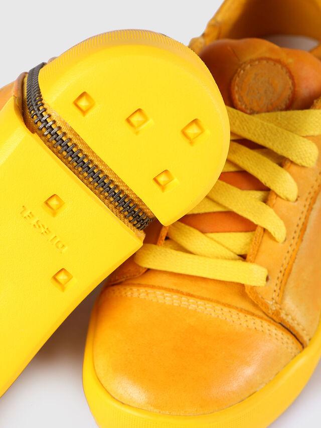KIDS SN LOW 31 NETISH YO, Mandarine - Footwear - Image 4