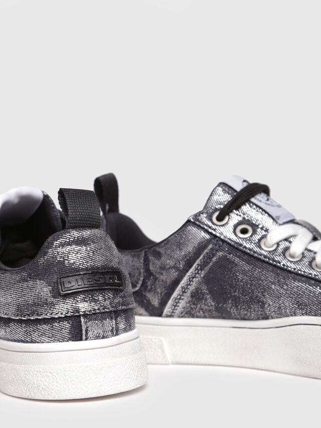 Diesel - S-CLEVER LOW W, Grey Jeans - Sneakers - Image 4