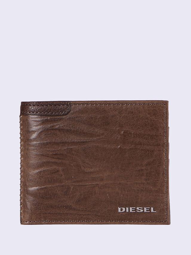 HIRESH S, Brown