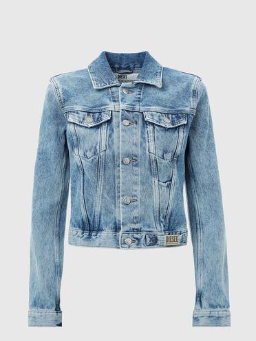 Cropped jacket with light stone wash