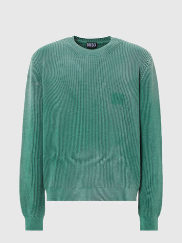 Treated ribbed pullover