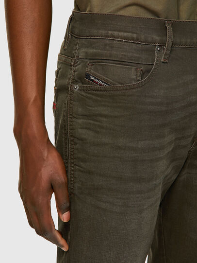 Diesel - D-Fining-Chino 0699P, Military Green - Jeans - Image 3