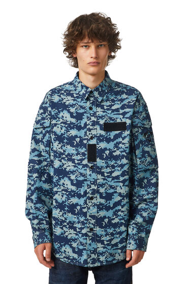 Ripstop shirt with camouflage print