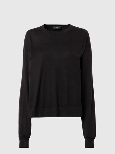 Cut-out pullover in silk blend