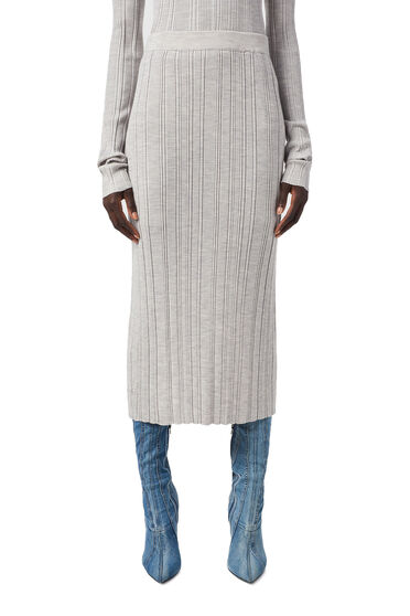 Ribbed skirt in plated knit