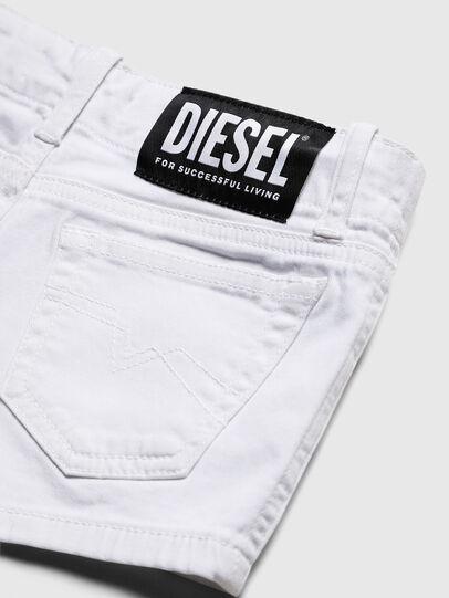 Diesel - PRIRAZ-N, White - Shorts - Image 4