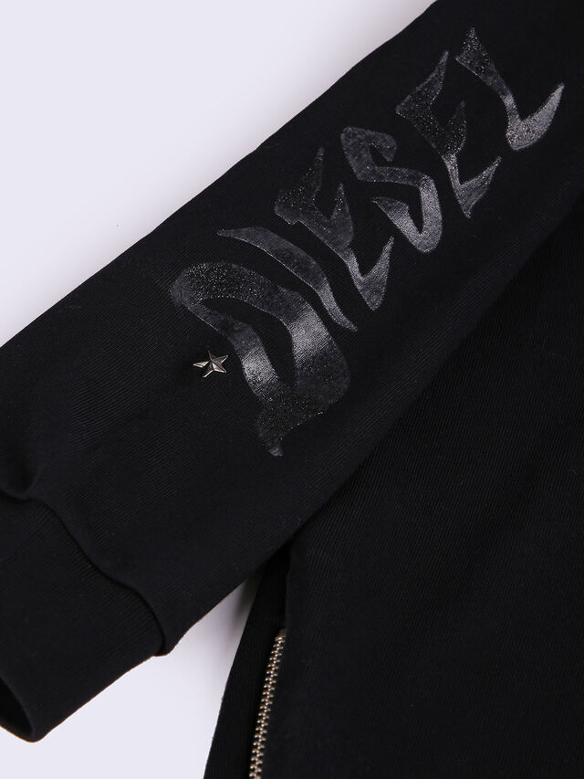 DIONISE, Black