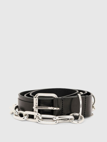 Leather belt with interchangeable accessories