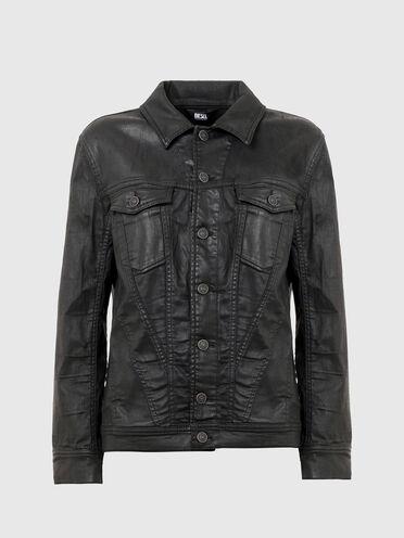 Trucker jacket in coated JoggJeans®