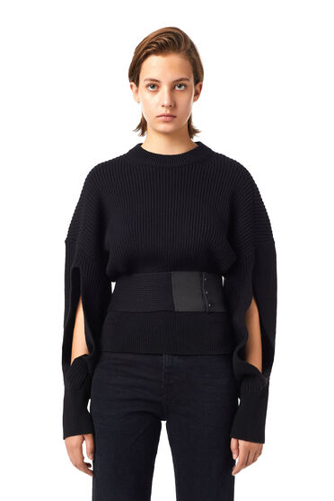 Cut-out pullover with belt