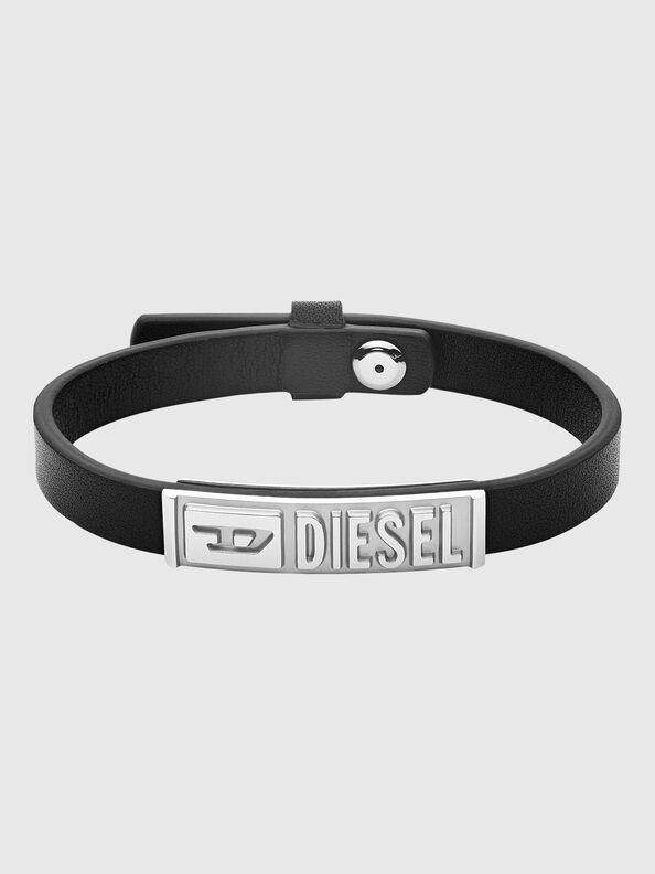 https://uk.diesel.com/dw/image/v2/BBLG_PRD/on/demandware.static/-/Sites-diesel-master-catalog/default/dw8c680519/images/large/DX1226_00DJW_01_O.jpg?sw=594&sh=792