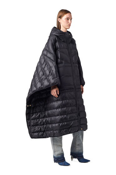 Oversized quilted cape