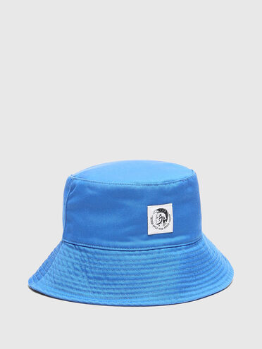 Bucket hat in washed twill
