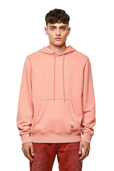 Garment-dyed hoodie with patch
