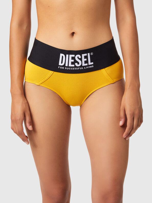 https://uk.diesel.com/dw/image/v2/BBLG_PRD/on/demandware.static/-/Sites-diesel-master-catalog/default/dwa8516dc2/images/large/00SEX1_0DCAI_22K_O.jpg?sw=594&sh=792
