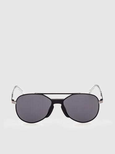 Sunglasses Reinvented aviator shape