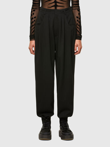 Cool wool pants with raw edges