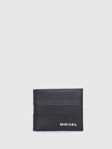Bi-fold wallet in Saffiano leather