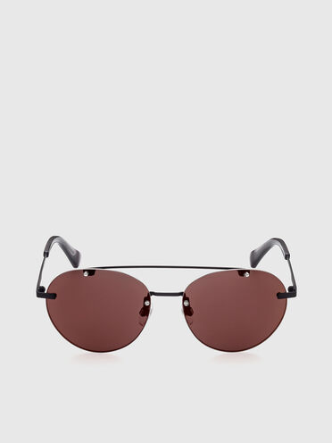 Round sunglasses with lightweight metal construction