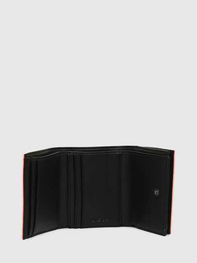 Diesel - LORETTA, Peach - Bijoux and Gadgets - Image 3