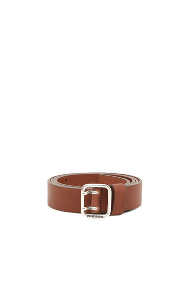 Grainy-leather belt with square tip
