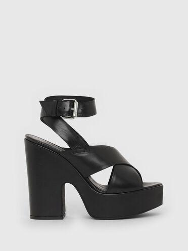 Platform sandals in leather