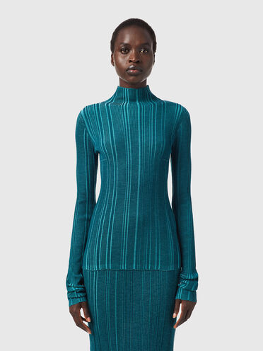 Ribbed top in plated knit