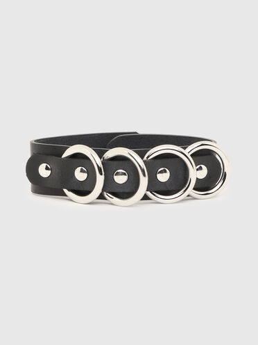 Leather bracelet with metal rings