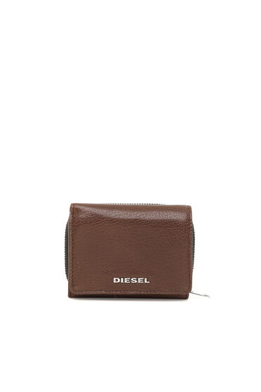 Tri-fold wallet with colour detail
