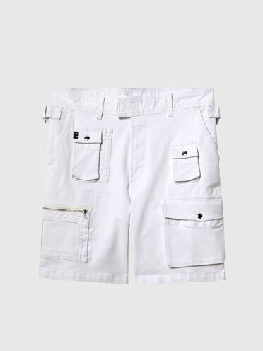 Cargo shorts in rinse denim