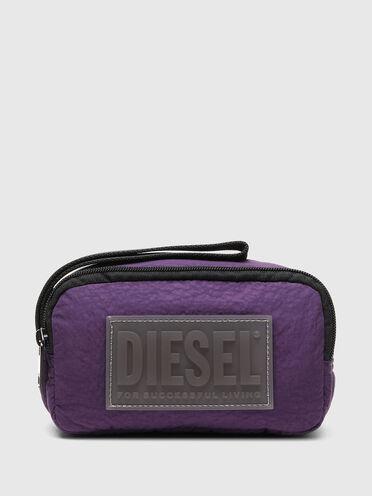 Beauty case in wrinkled padded nylon