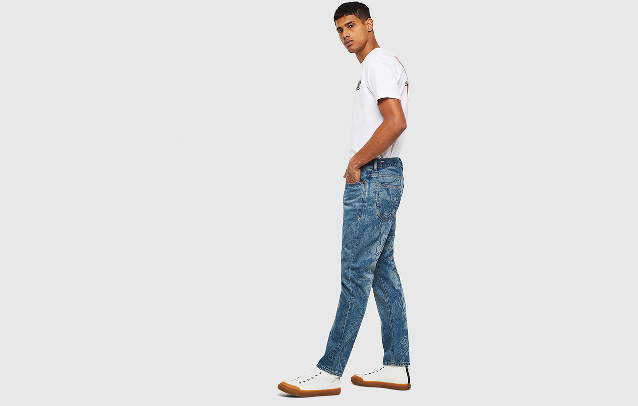 SHOP JEANS ON SALE